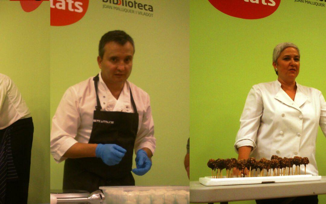 3 cuiners del km0 de Terres de Lleida realitzen un show cooking a la fira del meló d'Artesa.